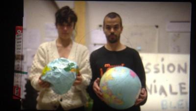 Mission géniale 'Globes' photo